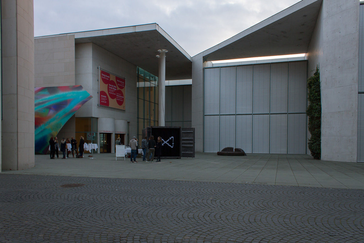 "World Climate Conference in Bonn: VISIT Fellow Exhibits ""Ministry of Plastic"""