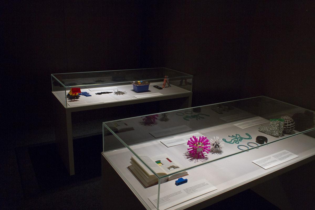 """Weltklimagipfel in Bonn: VISIT-Stipendiat Sam Hopkins zeigt """"Ministry of Plastic"""""""