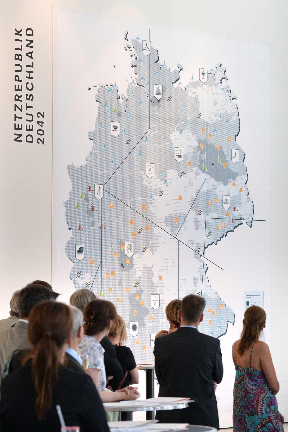 Helge Fischer: Netzrepublik Deutschland 2042