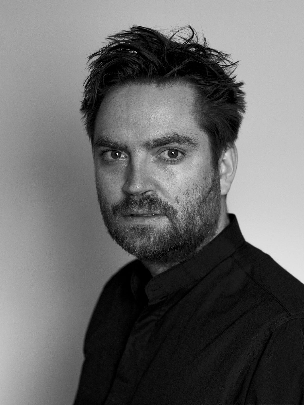 Mario Pfeifer: Black/White/Grey